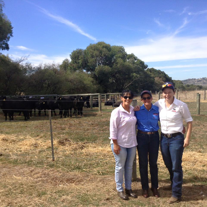 Lee-Anne Turner, Angus Australia Member Services Manager, Jan Robinson, Jarobee Angus and Sam Hamilton, Angus Australia Member Services Officer during The Stock & Land Southern Beef Week.