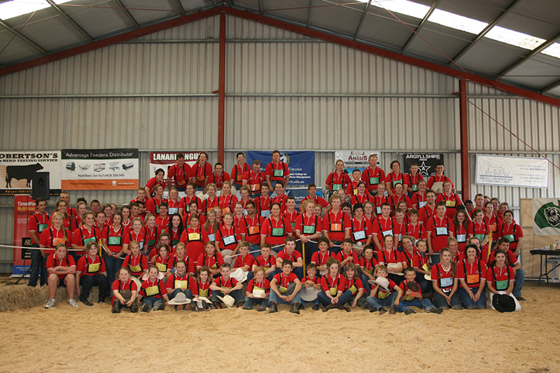 Group Shot from the 2012 Angus Youth National Roundup in Hamilton Victoria