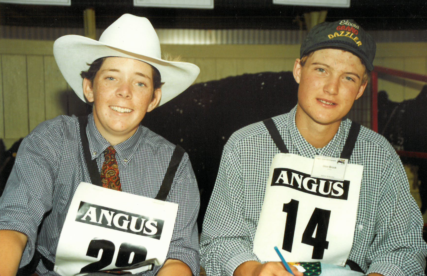 Tom Wilding-Davies with Dion Brook at the 2001 Angus Youth Roundup in Hamilton, VIC