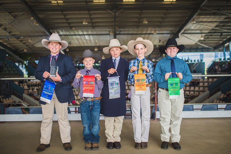 Thomas Duddy (left), Killain Angus Tamworth NSW, had a successful Beef Australia 2018, winning the 12 years & under Commercial Cattle Junior Judging  and 12 years & under Beef Cattle Paraders Class.