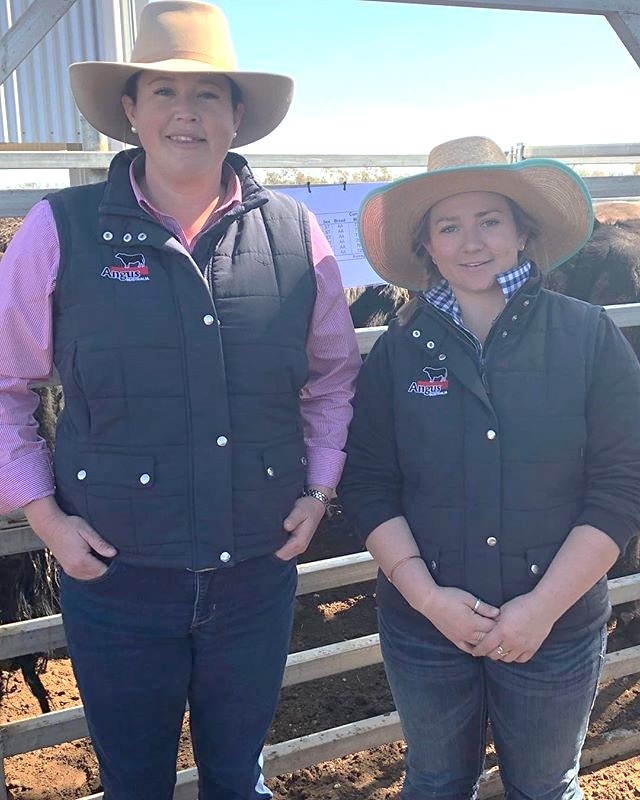 Angus Australia's Liz Pearson and Olivia Twaddle attending the RAS Beef Challenge Open Day