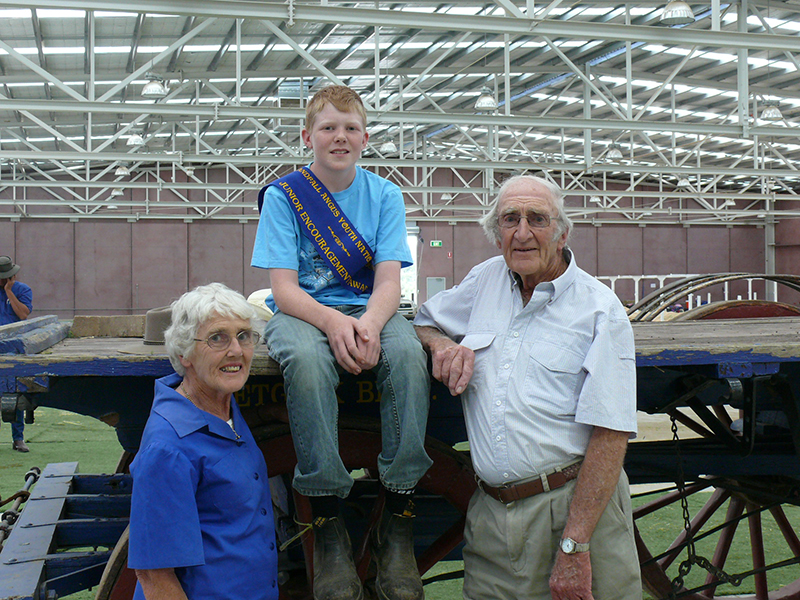 Bruce & Pat Stewart at the Bendigo Roundup in 2008