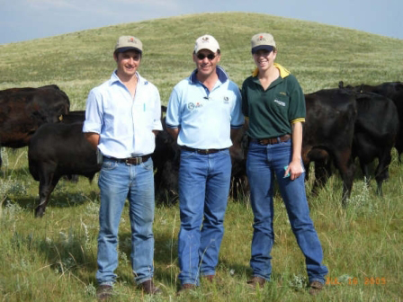 Dougal Purcell (2004), with Jim Bruce & Judith Grauer on a Semex Beef tour in the USA in 2005