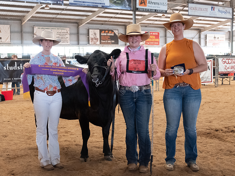 Grand Champion Parader Matilda Salter with Parader Judge Eliza Borchardt and Roundup Coordinator Steph Frankham
